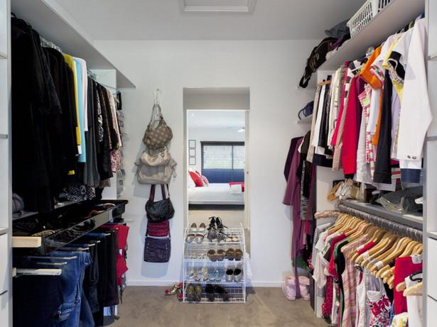 begehbarer kleiderschrank einrichten. Black Bedroom Furniture Sets. Home Design Ideas