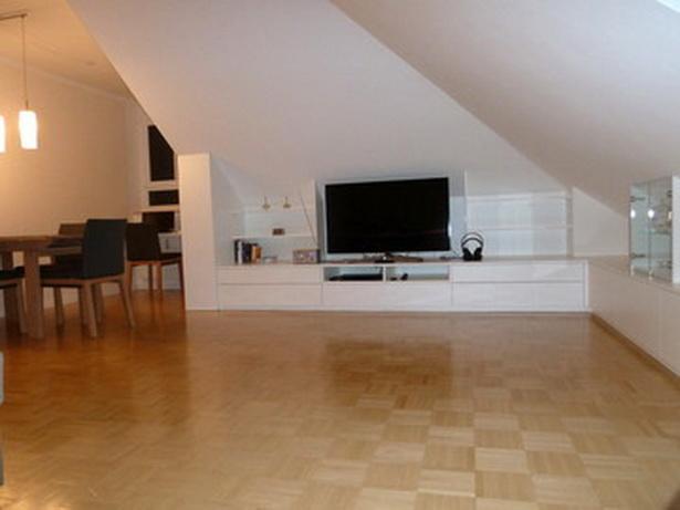 dachgeschosswohnung einrichten sonnige aussichten design dots dachgeschosswohnung einrichten. Black Bedroom Furniture Sets. Home Design Ideas