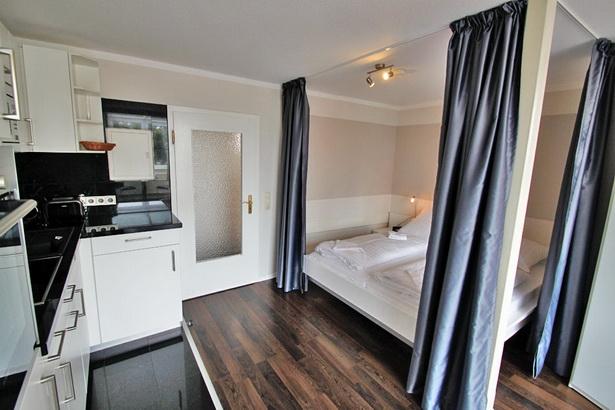 einrichtungsbeispiele wohnung einrichtungsideen farbe m. Black Bedroom Furniture Sets. Home Design Ideas
