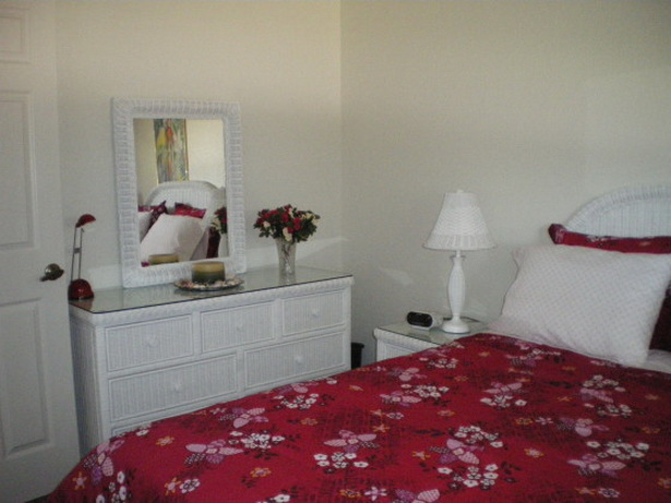 kleines schlafzimmer. Black Bedroom Furniture Sets. Home Design Ideas