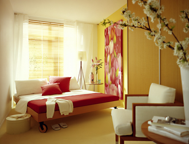 Kleines Schlafzimmer Ideen Dachschrage : Eine kleine Kammer wird zum ...