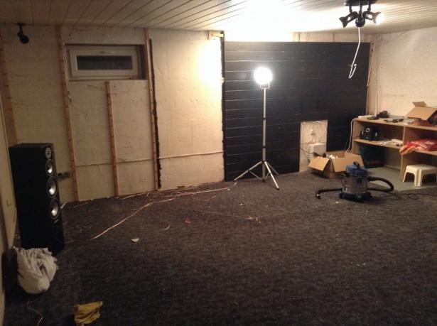 partykeller einrichten. Black Bedroom Furniture Sets. Home Design Ideas