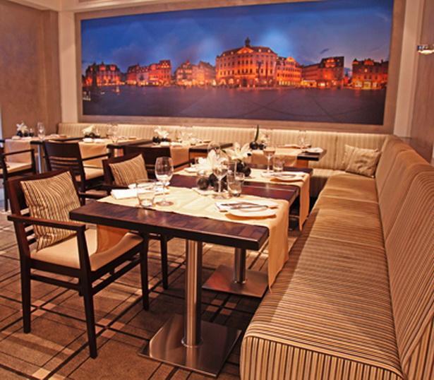 Restaurant einrichtungsideen for Innendekoration restaurant