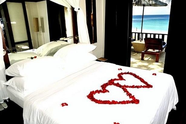 romantische schlafzimmer dekoration zum valentinstag herzenjpg - Romantische Schlafzimmer Bilder