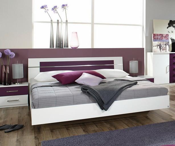 Schlafzimmer brombeer for Tapete brombeer