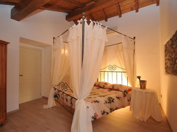 Schlafzimmer himmelbett
