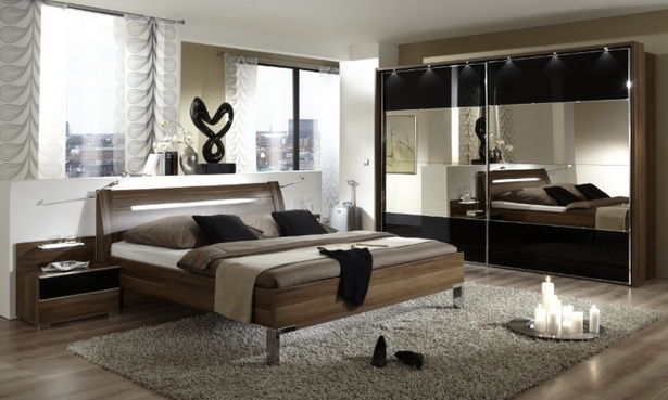 schlafzimmer nussbaum schwarz. Black Bedroom Furniture Sets. Home Design Ideas