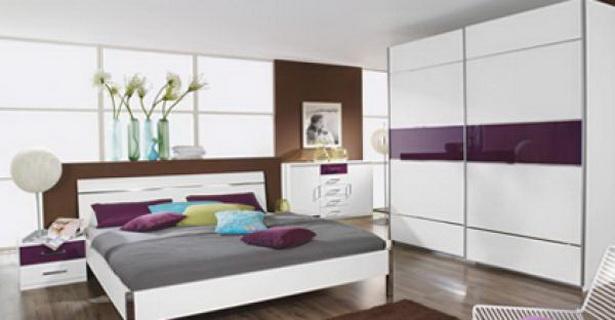 schlafzimmer schwebet renschrank. Black Bedroom Furniture Sets. Home Design Ideas