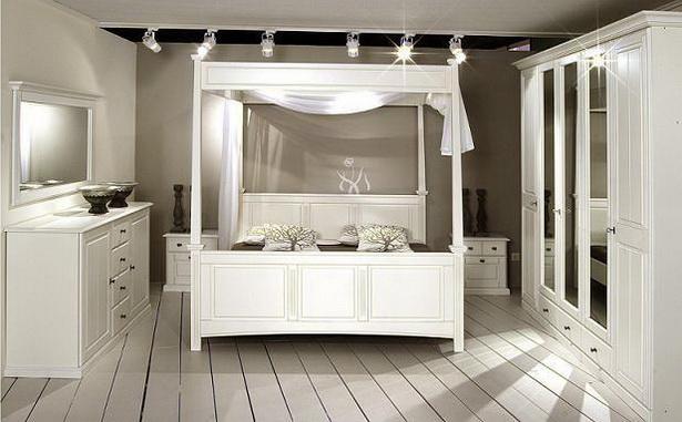 weisses schlafzimmer. Black Bedroom Furniture Sets. Home Design Ideas