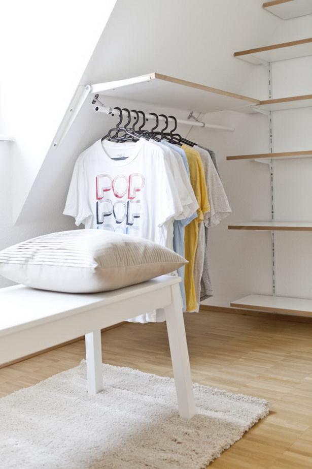 wohnideen f r dachschr gen. Black Bedroom Furniture Sets. Home Design Ideas
