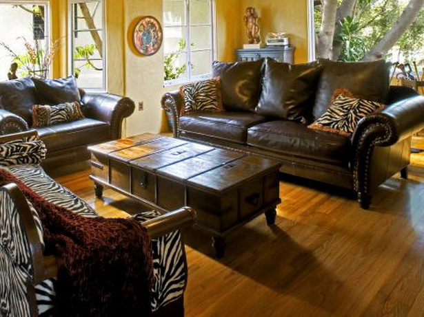 Wohnzimmer afrikanisch einrichten - Sofa afrika style ...
