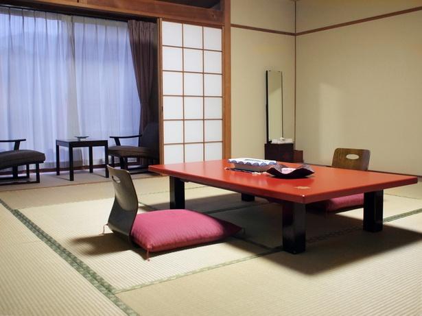 zimmer japanisch einrichten. Black Bedroom Furniture Sets. Home Design Ideas