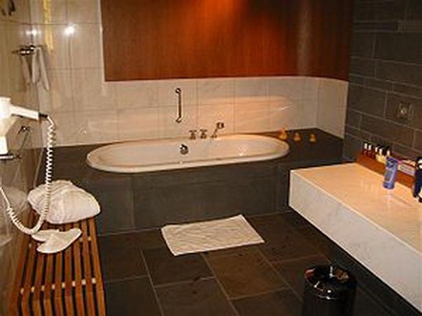 bilder von badezimmern. Black Bedroom Furniture Sets. Home Design Ideas
