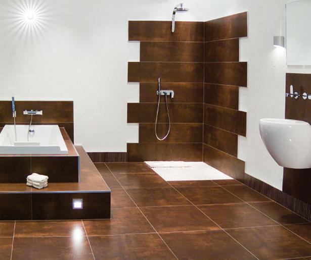 fliesen badezimmer beispiele. Black Bedroom Furniture Sets. Home Design Ideas