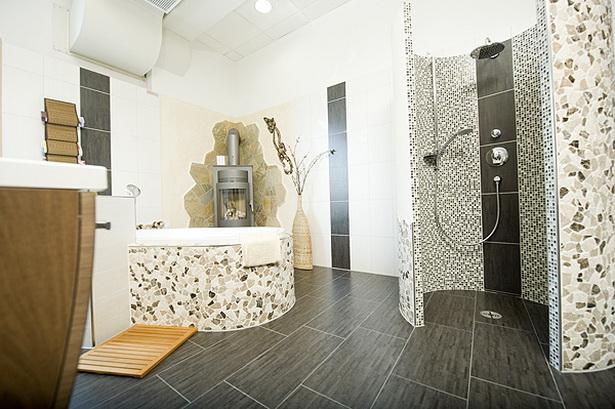 Gestaltung badezimmer ideen for Badezimmer 80er jahre