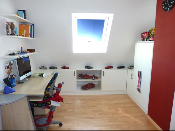 Kinderzimmer mit dachschr ge gestalten for Jugendzimmer dachschrage