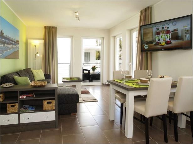 1 zimmer wohnung einrichten beispiele. Black Bedroom Furniture Sets. Home Design Ideas