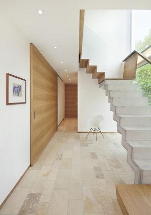 bodenfliesen flur modern. Black Bedroom Furniture Sets. Home Design Ideas