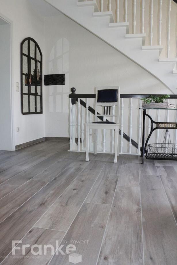 flur fliesen grau. Black Bedroom Furniture Sets. Home Design Ideas