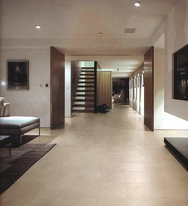 flur fliesen modern. Black Bedroom Furniture Sets. Home Design Ideas