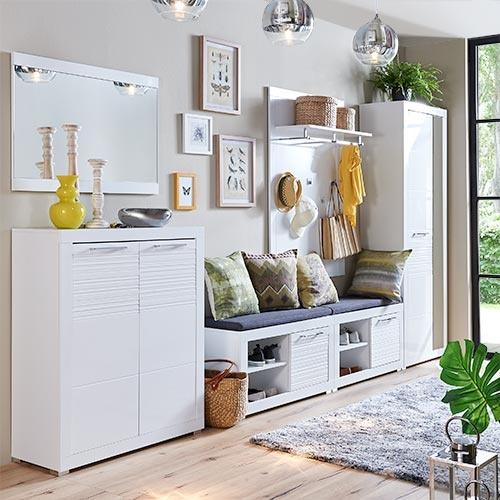 flurm bel f r kleine flure. Black Bedroom Furniture Sets. Home Design Ideas