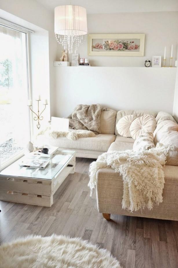 kleines wohnzimmer gro e couch. Black Bedroom Furniture Sets. Home Design Ideas