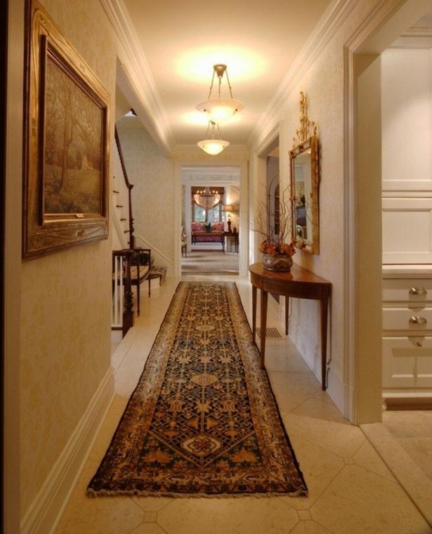 langen schmalen flur gestalten. Black Bedroom Furniture Sets. Home Design Ideas