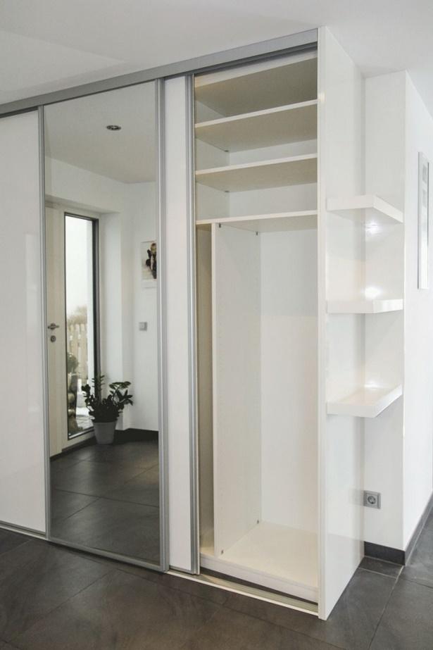 schmale garderobe mit schuhschrank. Black Bedroom Furniture Sets. Home Design Ideas
