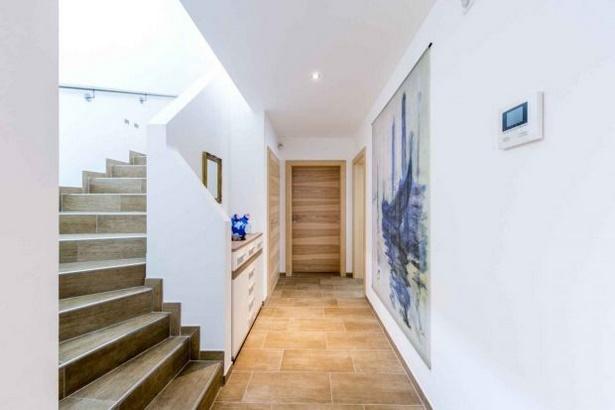 Treppen flur gestalten - Wandgestaltung flur diele ...