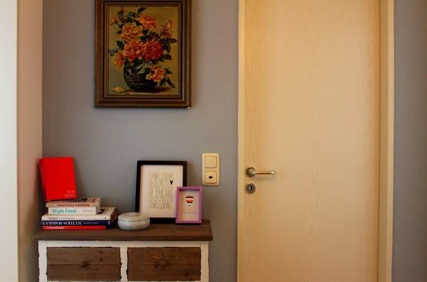 Flur Wand Gestalten Angenehm On Moderne Deko Idee Zusammen Mit  Wandgestaltung 5Flur Wand Gestalten