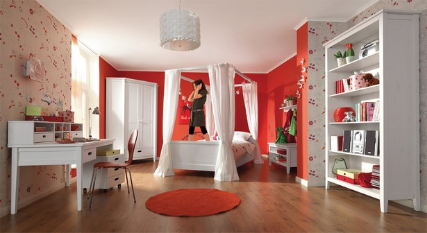 gro es kinderzimmer. Black Bedroom Furniture Sets. Home Design Ideas