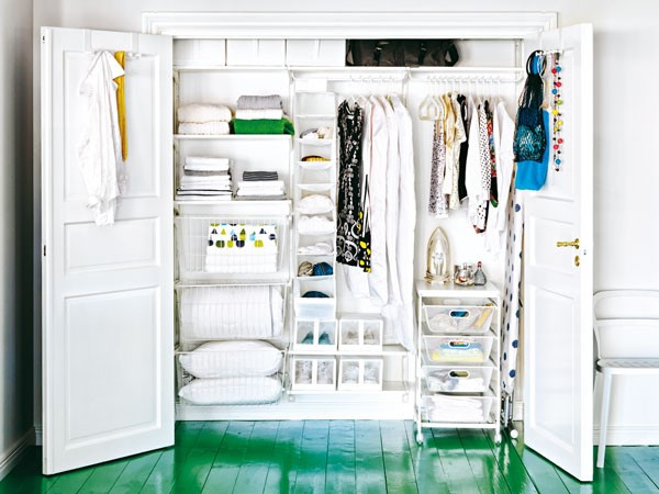 kleiderschrank einrichten. Black Bedroom Furniture Sets. Home Design Ideas