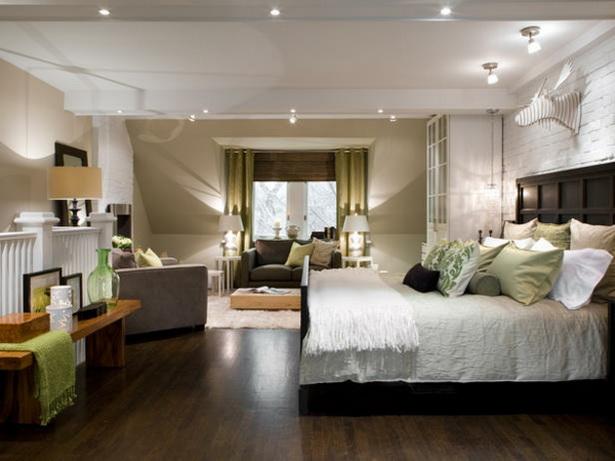gro es schlafzimmer gem tlich einrichten. Black Bedroom Furniture Sets. Home Design Ideas