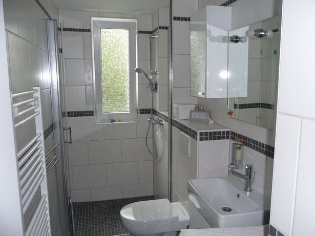 Badezimmer beispiele fliesen - Fliesen beispiele badezimmer ...
