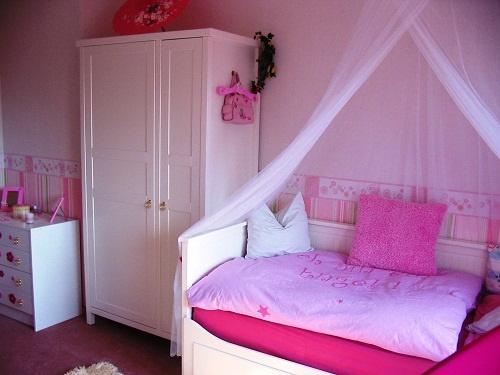 jugendzimmer m dchen einrichten. Black Bedroom Furniture Sets. Home Design Ideas