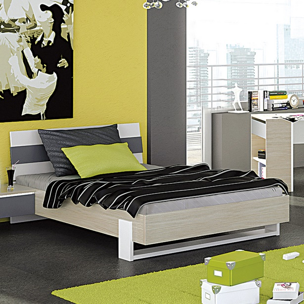 jugendzimmer mit gro em bett. Black Bedroom Furniture Sets. Home Design Ideas