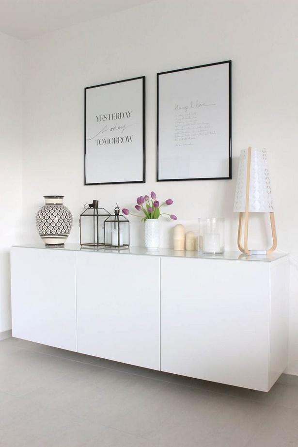 Schlafzimmer kommode dekorieren for Wandregal wohnzimmer deko