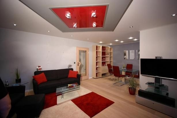 wohnzimmer in rot gestaltet