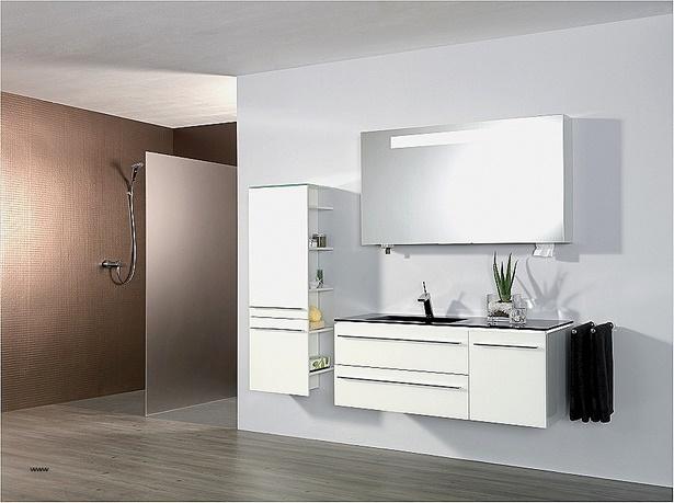 badm bel f r ein kleines bad. Black Bedroom Furniture Sets. Home Design Ideas