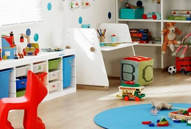 kinderzimmer f r 2 j hrigen jungen. Black Bedroom Furniture Sets. Home Design Ideas