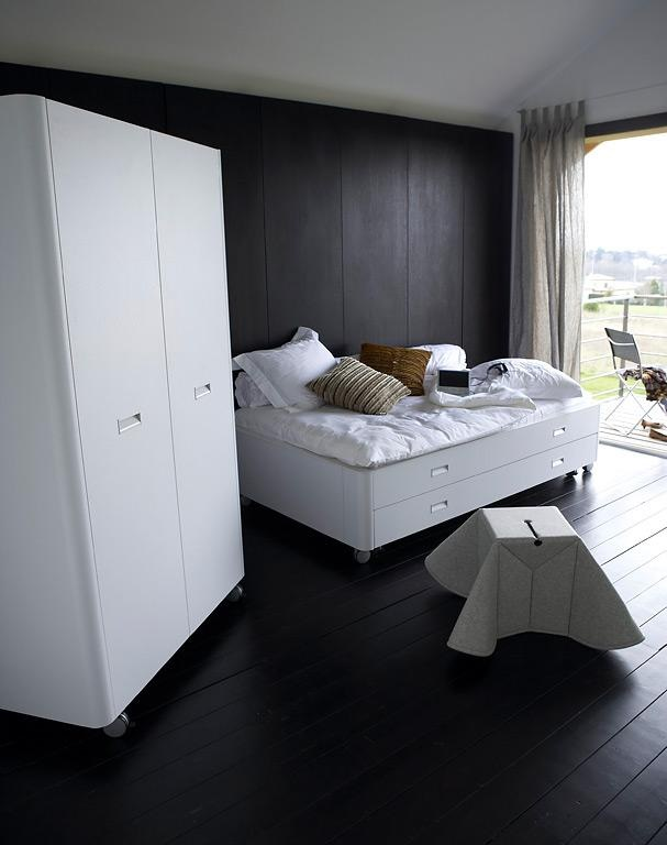 praktische betten f r kleine r ume. Black Bedroom Furniture Sets. Home Design Ideas