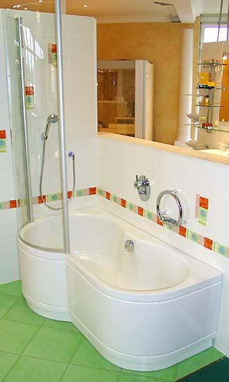 badewanne und dusche in einem. Black Bedroom Furniture Sets. Home Design Ideas