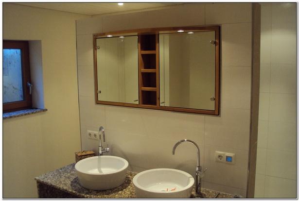 badezimmer spiegelschrank holz. Black Bedroom Furniture Sets. Home Design Ideas
