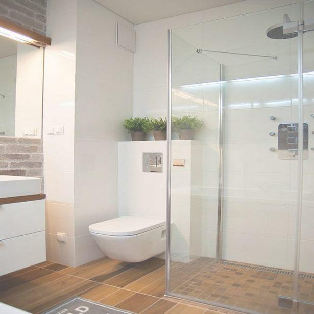badezimmer kleines bad ganz gro. Black Bedroom Furniture Sets. Home Design Ideas