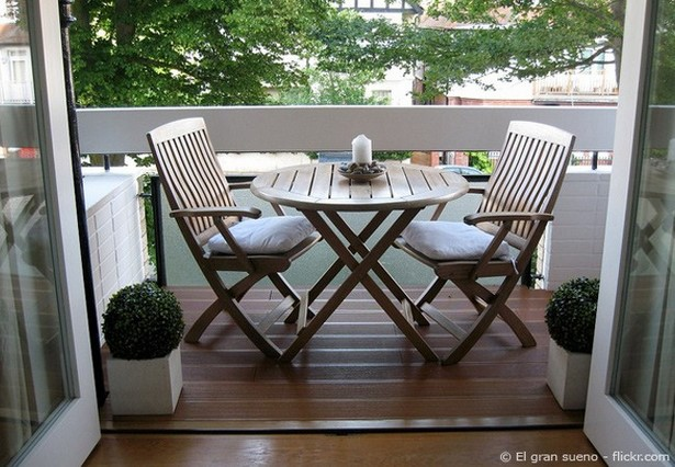 balkon gestalten mediterran. Black Bedroom Furniture Sets. Home Design Ideas
