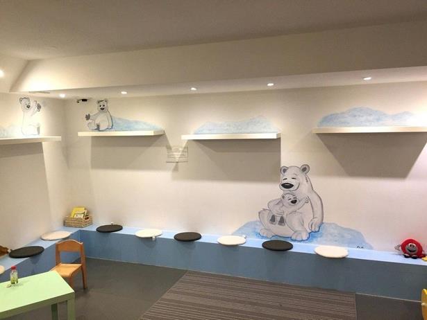 safari kinderzimmer dekoration. Black Bedroom Furniture Sets. Home Design Ideas