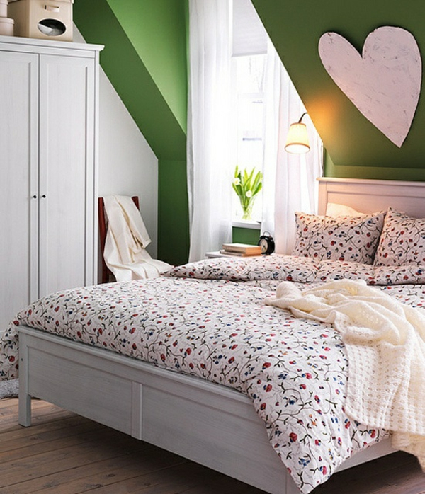 Schlafzimmer Deko Blumengemustert Bettwäsche