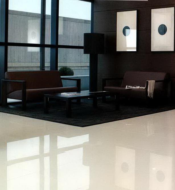 fliesen wohnzimmer ideen. Black Bedroom Furniture Sets. Home Design Ideas