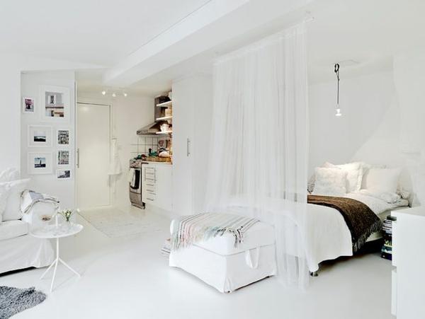 Schlafzimmer ganz in weiss