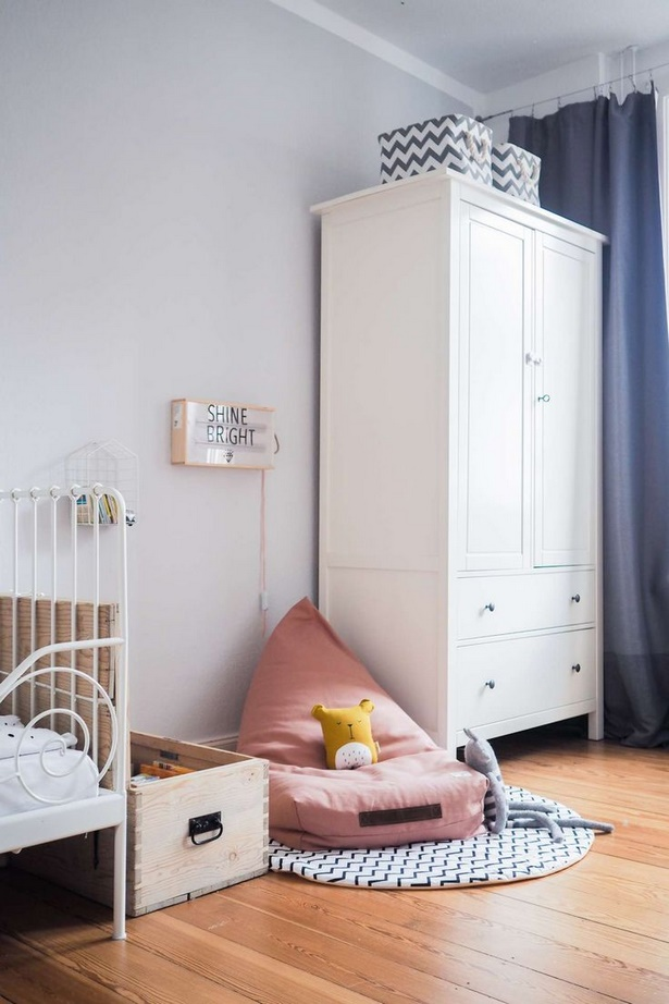 leseecke kinderzimmer. Black Bedroom Furniture Sets. Home Design Ideas